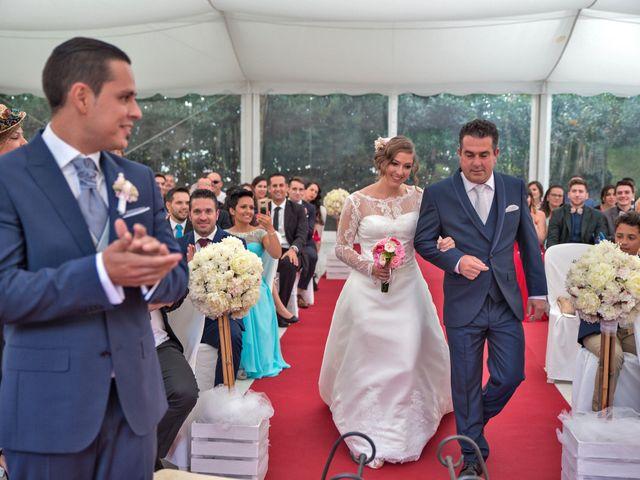 La boda de Rubén y Ángela en Vigo, Pontevedra 40