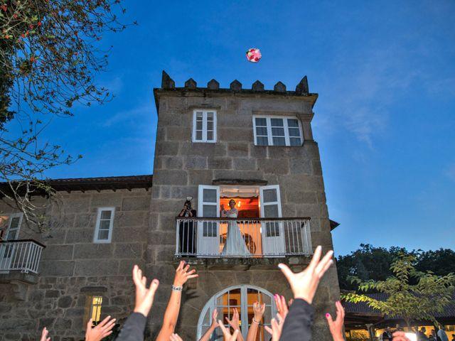 La boda de Rubén y Ángela en Vigo, Pontevedra 56
