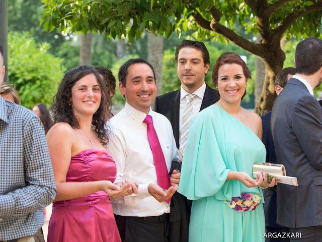 La boda de Manu y Nago en Bilbao, Vizcaya 39