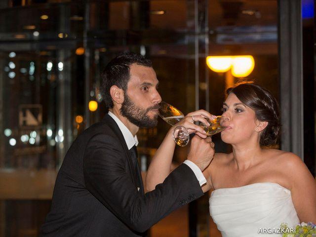 La boda de Manu y Nago en Bilbao, Vizcaya 51