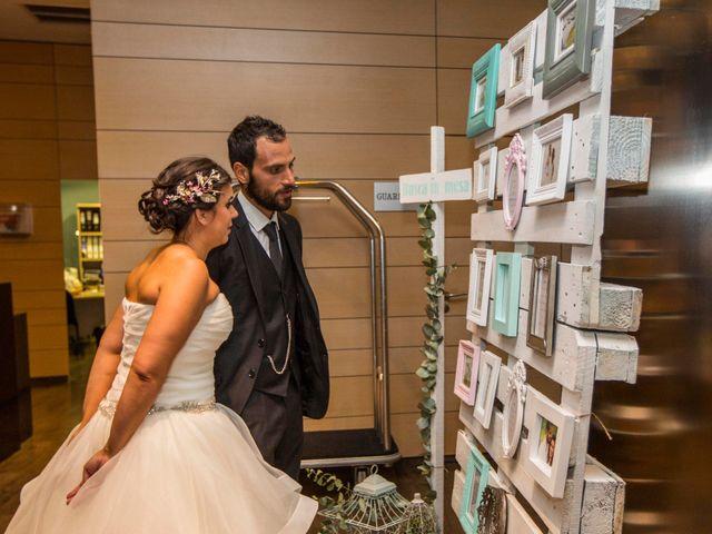 La boda de Manu y Nago en Bilbao, Vizcaya 53