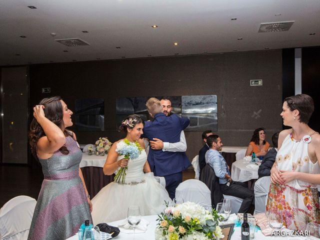 La boda de Manu y Nago en Bilbao, Vizcaya 55