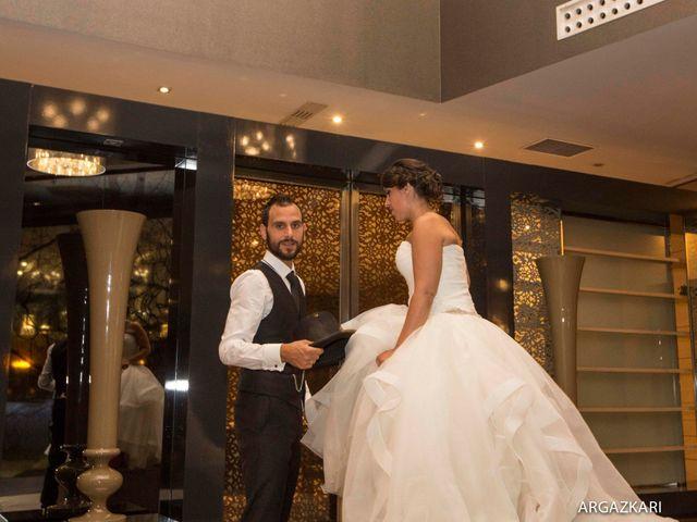 La boda de Manu y Nago en Bilbao, Vizcaya 58