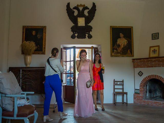 La boda de David y Carolina en Hoyuelos, Segovia 19