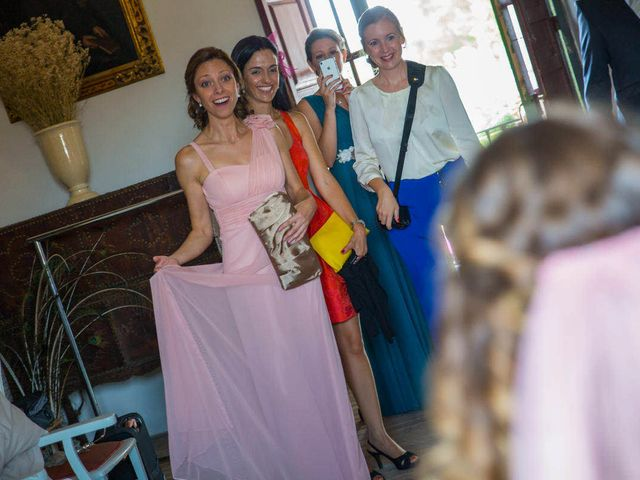 La boda de David y Carolina en Hoyuelos, Segovia 20