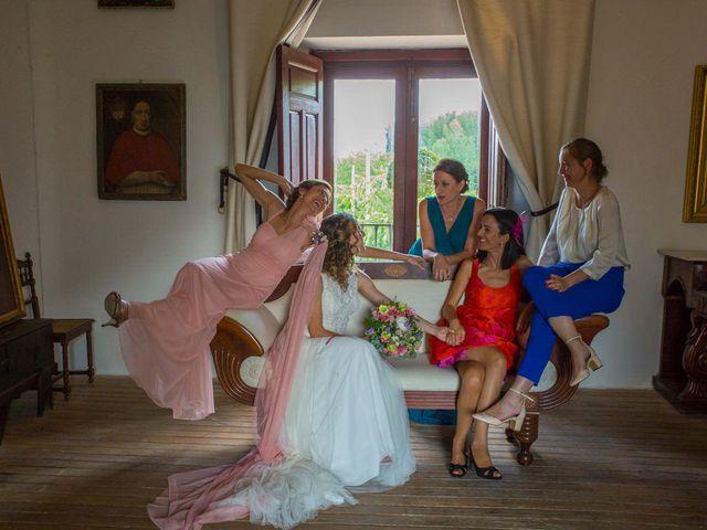 La boda de David y Carolina en Hoyuelos, Segovia 21