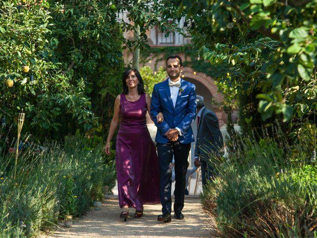 La boda de David y Carolina en Hoyuelos, Segovia 23