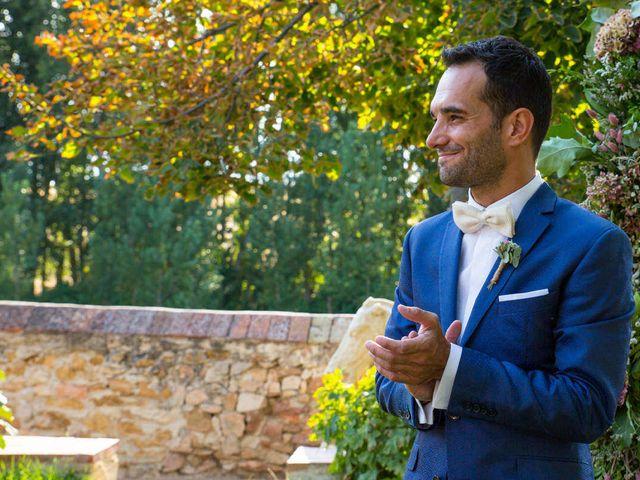 La boda de David y Carolina en Hoyuelos, Segovia 24