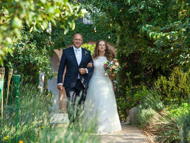 La boda de David y Carolina en Hoyuelos, Segovia 25