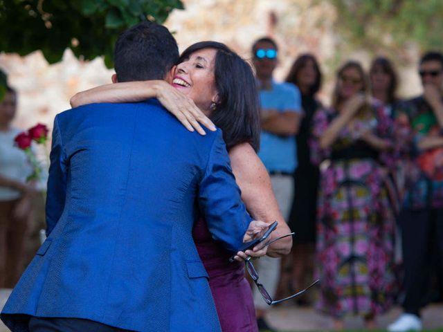 La boda de David y Carolina en Hoyuelos, Segovia 26