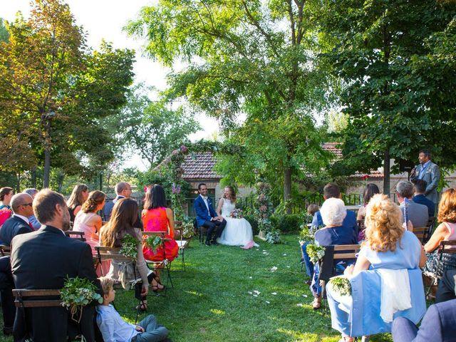 La boda de David y Carolina en Hoyuelos, Segovia 30