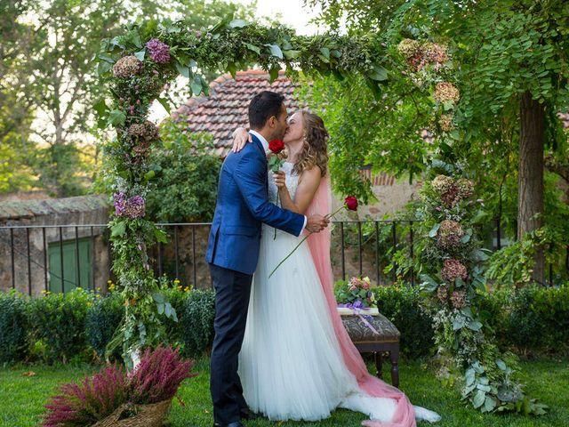 La boda de David y Carolina en Hoyuelos, Segovia 35