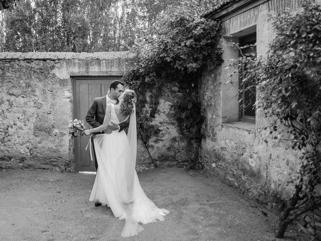 La boda de David y Carolina en Hoyuelos, Segovia 39