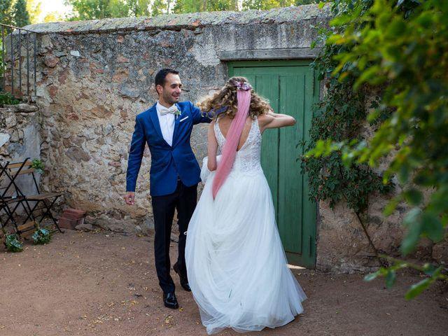 La boda de David y Carolina en Hoyuelos, Segovia 41