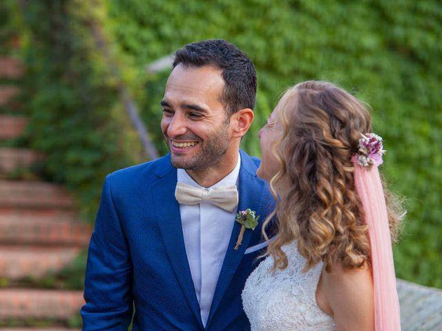 La boda de David y Carolina en Hoyuelos, Segovia 43