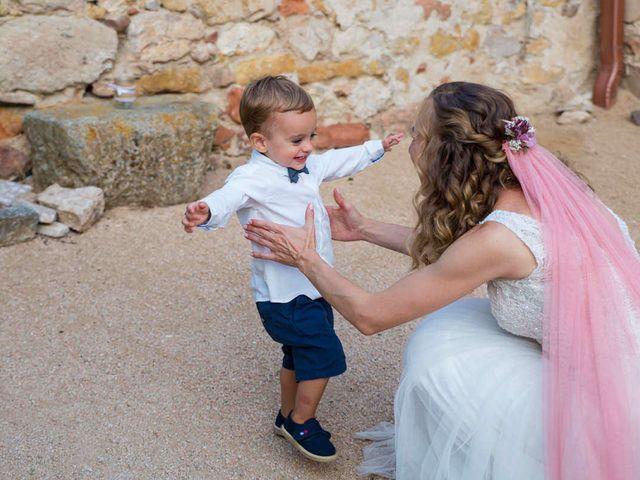 La boda de David y Carolina en Hoyuelos, Segovia 59