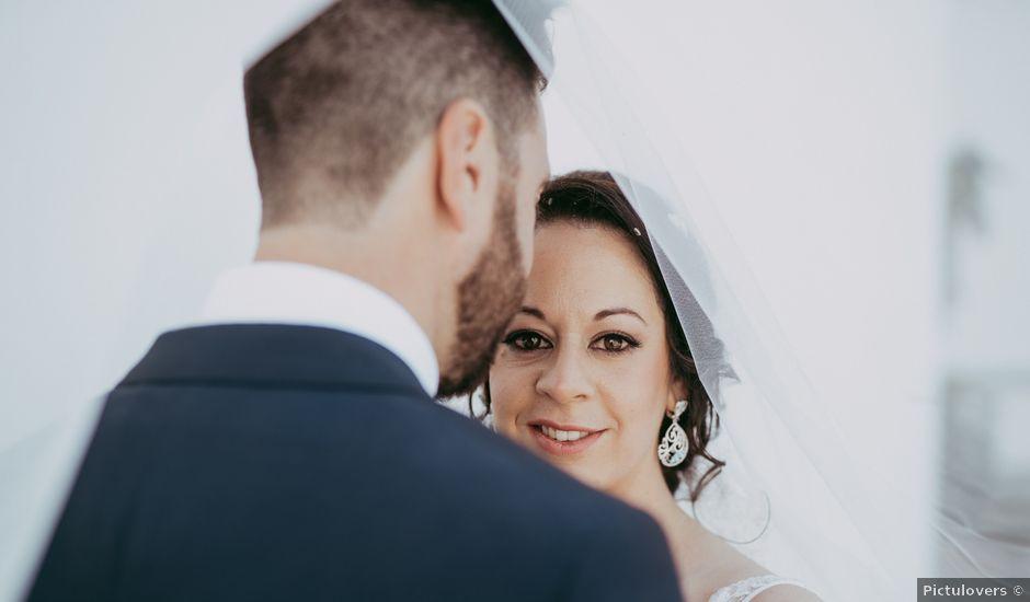 La boda de Marta y Antonio en Málaga, Málaga