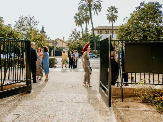 La boda de Christian y Natalia en Sevilla, Sevilla 2