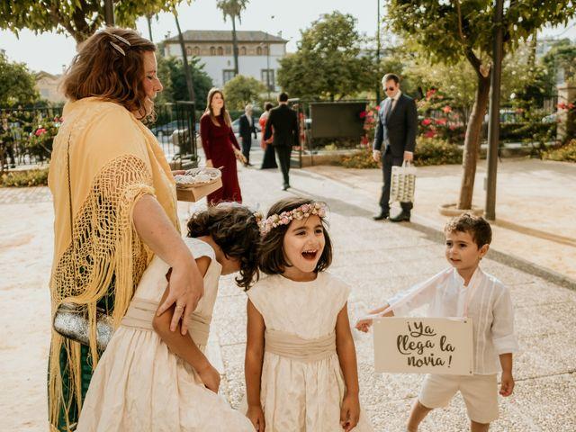 La boda de Christian y Natalia en Sevilla, Sevilla 5