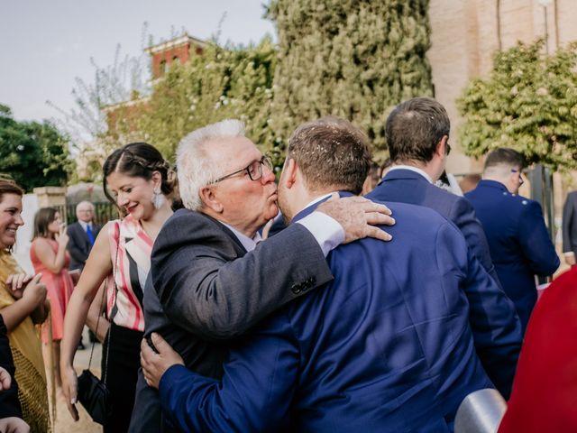 La boda de Christian y Natalia en Sevilla, Sevilla 33