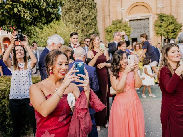 La boda de Christian y Natalia en Sevilla, Sevilla 40