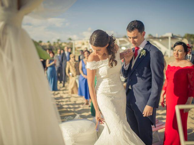 La boda de Fernando y Lucia en Zahara De Los Atunes, Cádiz 15