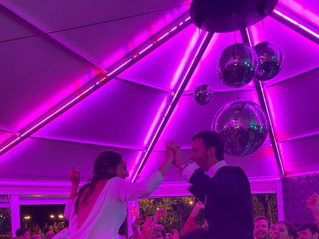 La boda de Carolina y Carlos en Madrid, Madrid 8