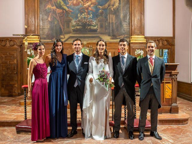 La boda de Carolina y Carlos en Madrid, Madrid 19