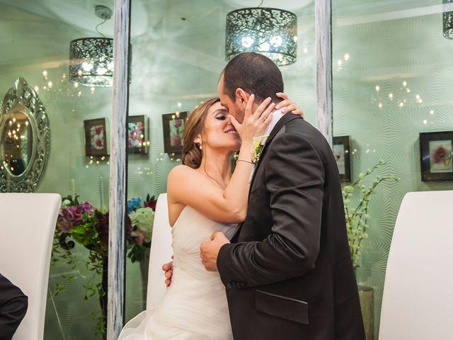 La boda de Sergio y Marta en Manises, Valencia 37