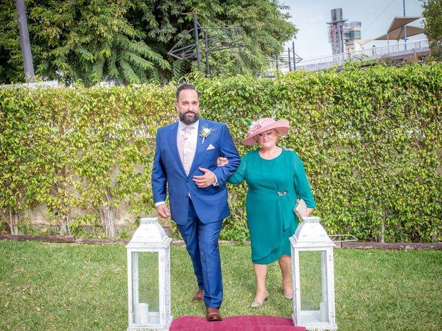 La boda de Pedro y Elisa en Sevilla, Sevilla 13