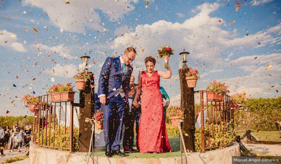 La boda de Luis y Patricia en Fuentelencina, Guadalajara