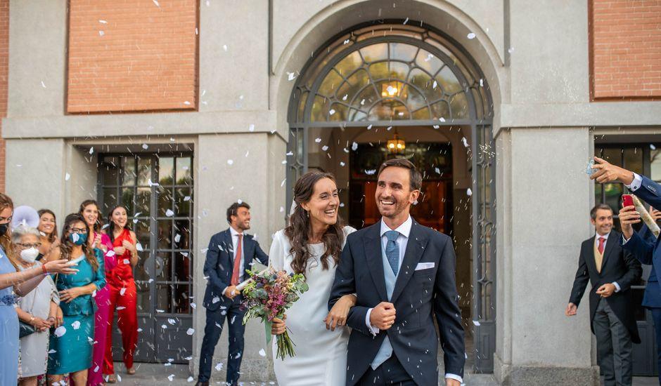 La boda de Carolina y Carlos en Madrid, Madrid