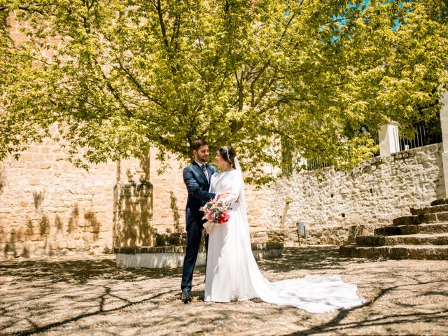 La boda de Carlos y Laura en Torreperogil, Jaén 34