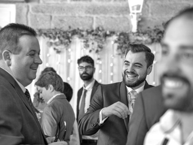 La boda de Óscar y Fabiola en Vigo, Pontevedra 30