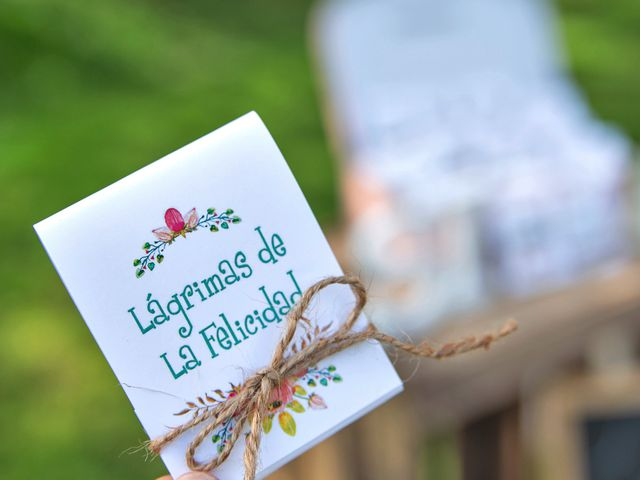 La boda de Óscar y Fabiola en Vigo, Pontevedra 37