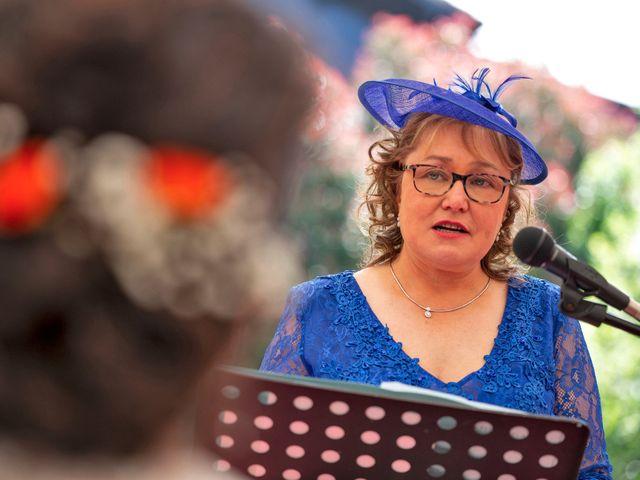 La boda de Óscar y Fabiola en Vigo, Pontevedra 46