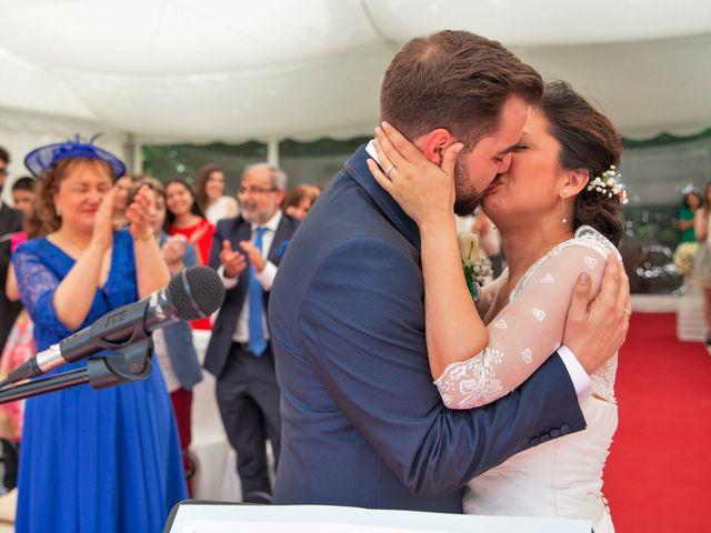La boda de Óscar y Fabiola en Vigo, Pontevedra 56
