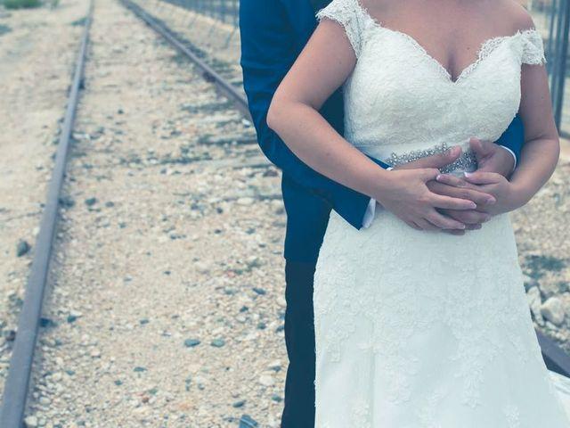 La boda de Carlos y Laura en Novelda, Alicante 20