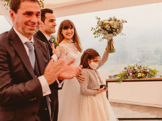 La boda de Carlos y Ane en Pueblo Zizurkil, Guipúzcoa 62