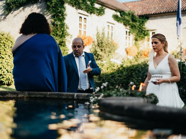 La boda de Sergio y Antia en Santiago De Compostela, A Coruña 19
