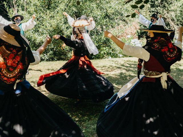 La boda de Sergio y Antia en Santiago De Compostela, A Coruña 325