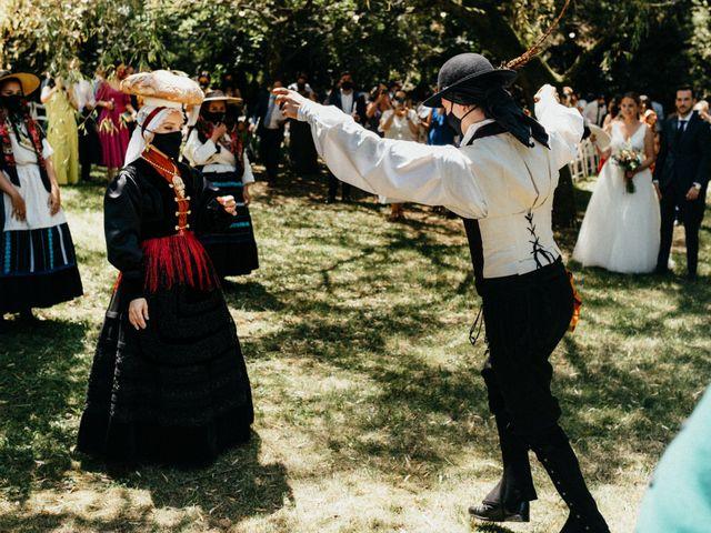 La boda de Sergio y Antia en Santiago De Compostela, A Coruña 337