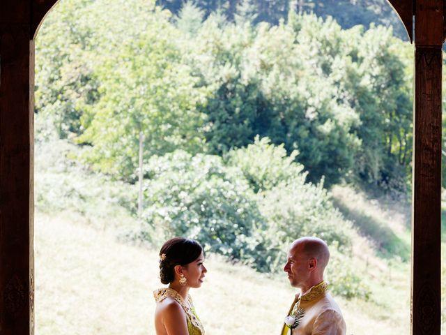 La boda de Mikel y Gitcha en Zeanuri, Vizcaya 33