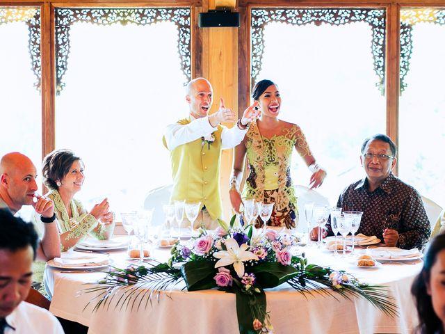La boda de Mikel y Gitcha en Zeanuri, Vizcaya 40