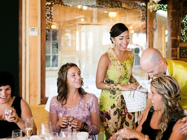 La boda de Mikel y Gitcha en Zeanuri, Vizcaya 41