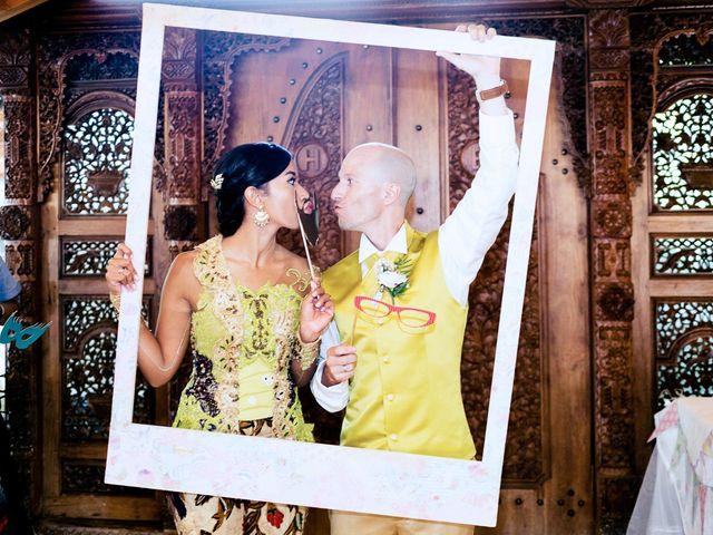 La boda de Mikel y Gitcha en Zeanuri, Vizcaya 43