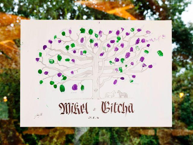 La boda de Mikel y Gitcha en Zeanuri, Vizcaya 51