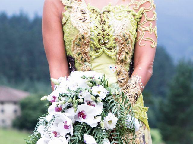 La boda de Mikel y Gitcha en Zeanuri, Vizcaya 52