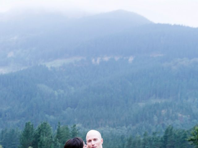 La boda de Mikel y Gitcha en Zeanuri, Vizcaya 57