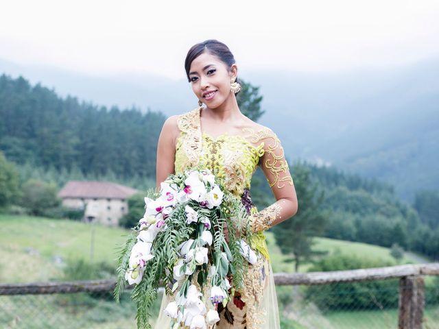 La boda de Mikel y Gitcha en Zeanuri, Vizcaya 58